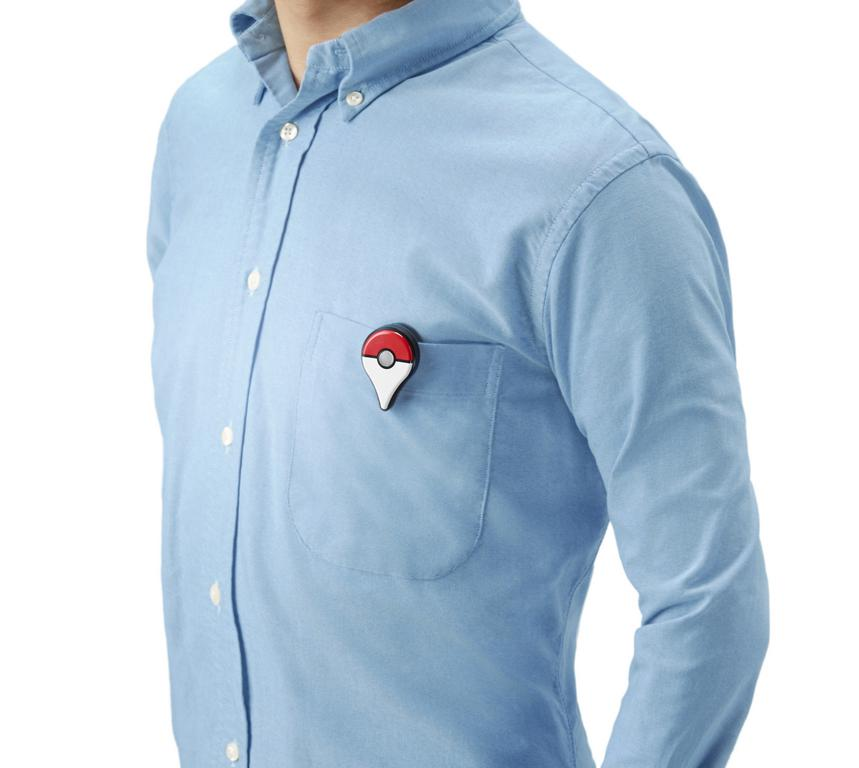 Bevestig de Go Plus aan je overhemd